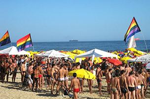 Os melhores destinos com praias para os gays